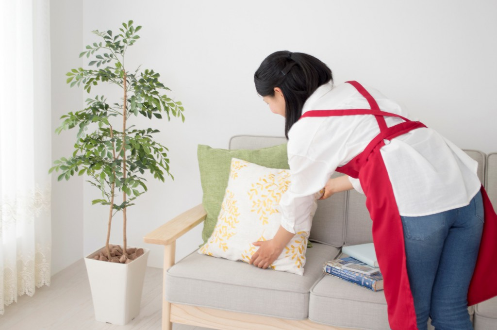 布ソファの汚れの落とし方や防止方法