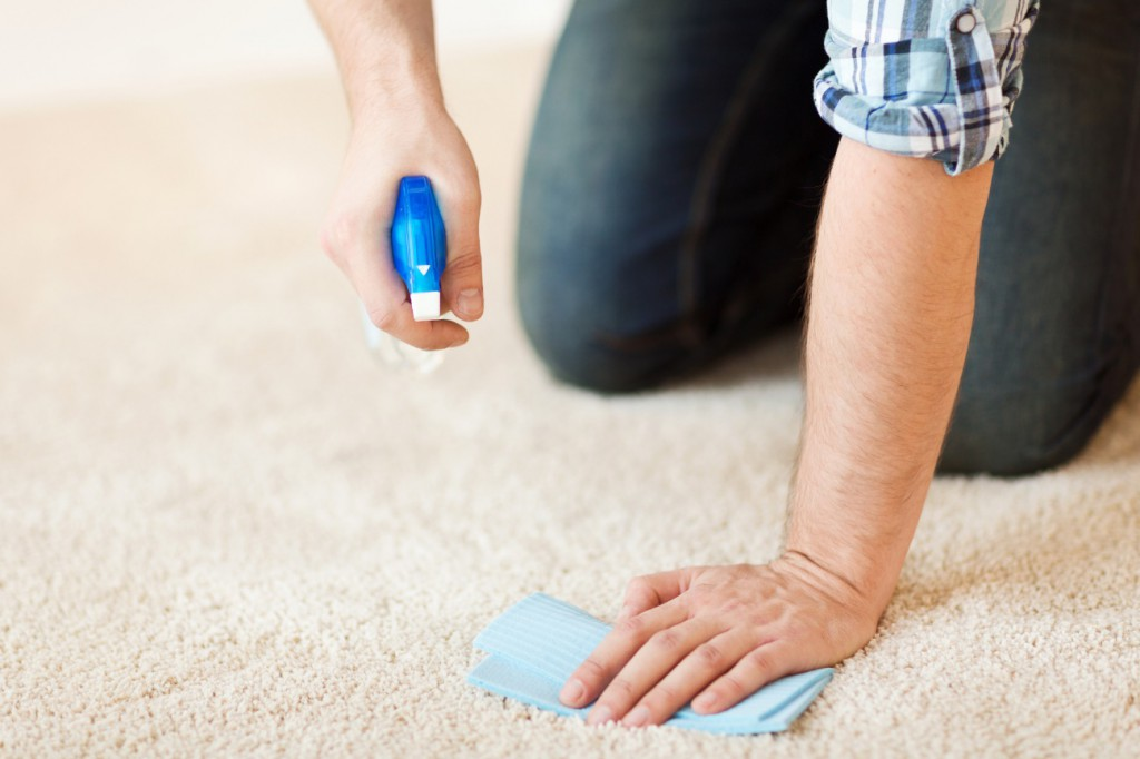 カーペットの臭いを取る方法