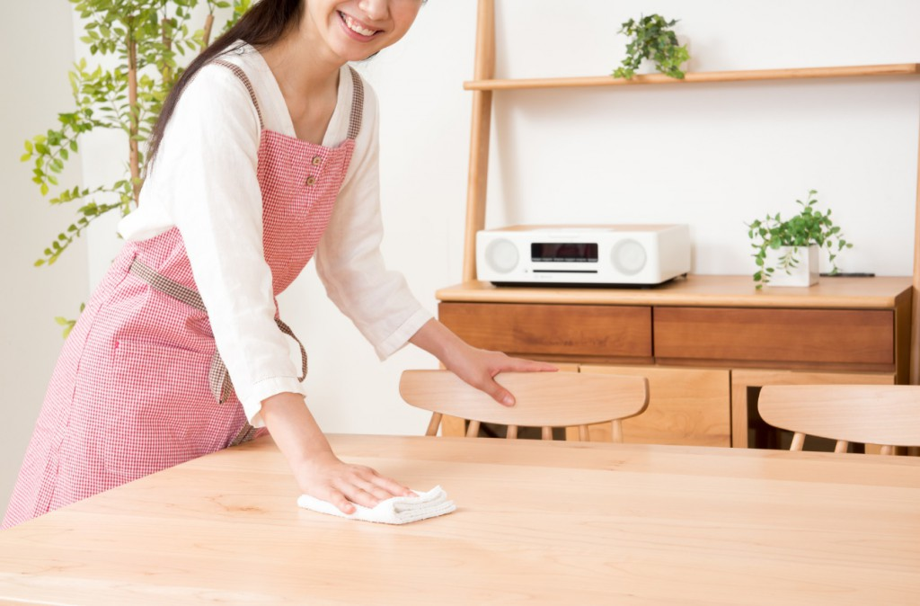 パイン材の家具のお手入れやメンテナンス方法