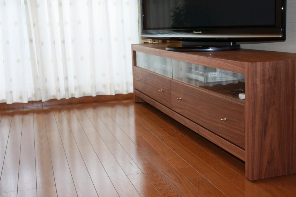 テレビボードの種類やタイプ別の特徴(ハイタイプ・ロータイプ)