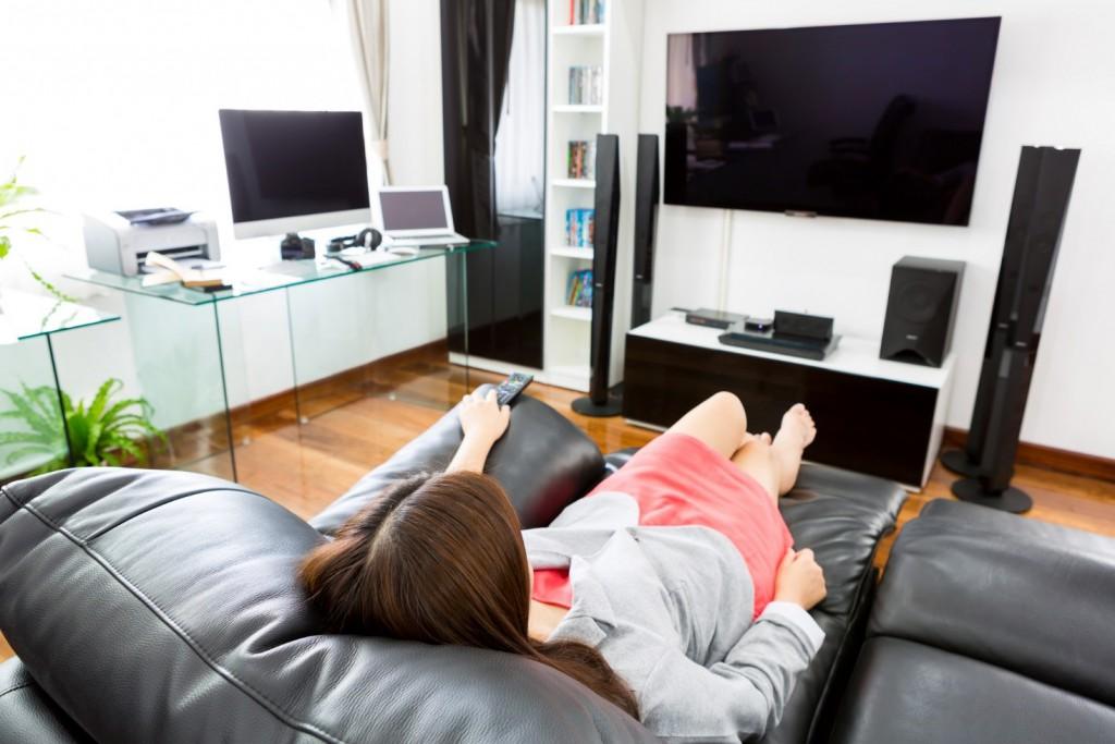 ホームシアターを設置するには部屋の広さはどのくらい必要か